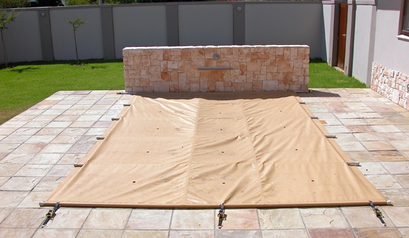 A Hard-wearing Safety Pool Cover